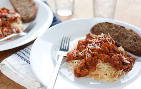 Spaghetti Squash Marinara with Italian Sausage and Garlic Bread