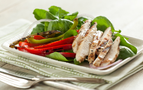 Grilled Chicken and Peppers Over Arugula