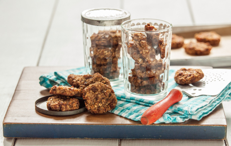 Banana-Oatmeal Snack Cookies