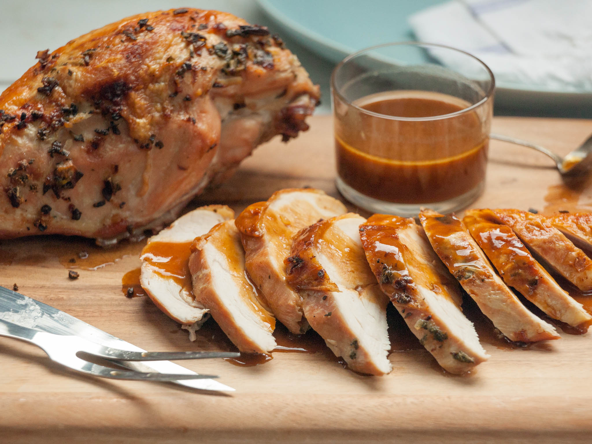 Recipe Roast Turkey Breast With Apple Cider Gravy Whole Foods Market
