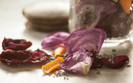 Homemade Lavender Rose Potpourri