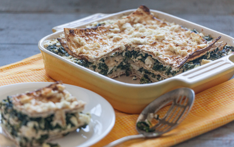 Spinach and Feta Matzoh Pie
