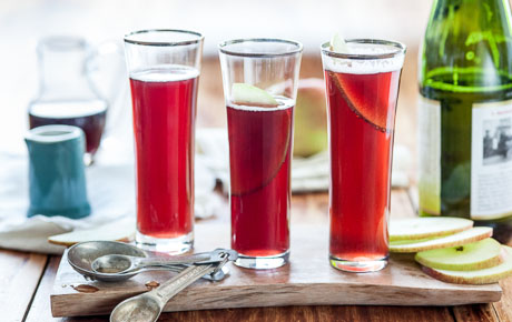 Apple-Pomegranate Fizz
